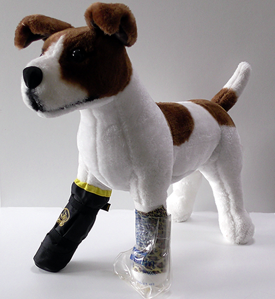 Vetgood Protective Boots keep your dog's wound clean